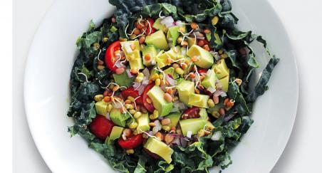 Salata crni kelj, avokado i klice - PROČITAJTE