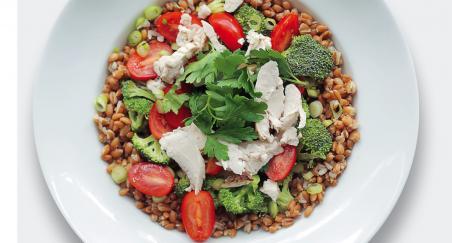 Salata - pečena piletina, pir i brokula - PROČITAJTE