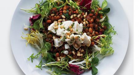 Salata kozji sir, smeđa leća i pinjoli - PROČITAJTE