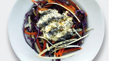 Salata crveni kupus, mrkva, pastrnjak i majoneza s jajem - PROČITAJTE