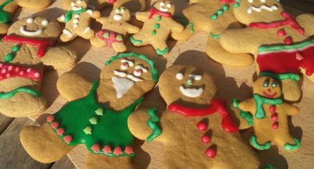 Gingerbreadmen kolačići - PROČITAJTE