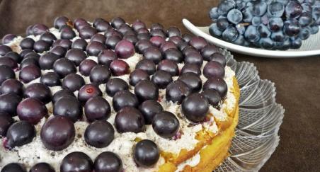 Torta sa grožđem - PROČITAJTE