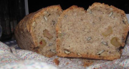 Hleb sa maslinama i lanenim semenom - PROČITAJTE