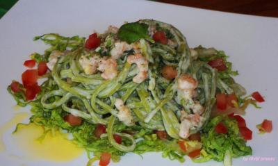 pasta verde con gambereti-1.jpg